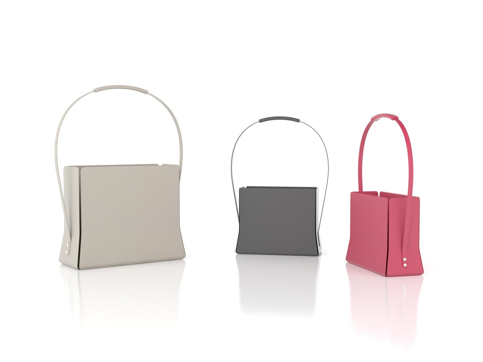 Magazine Bag di Bonaldo è un portariviste interamente realizzato in metallo verniciato caratterizzato da una grande maniglia ergonomica che permette di spostarlo con facilità. www.bonaldo.it