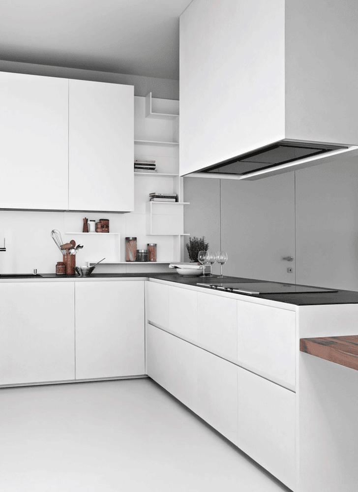 Cucine con cappa grande moderne e classiche cose di casa for Cappa cucina design