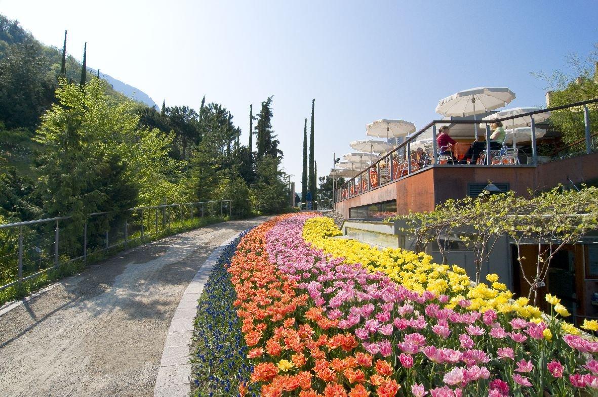 Ristorante schlossgarten dei giardini di sissi in - Giardini di casa ...