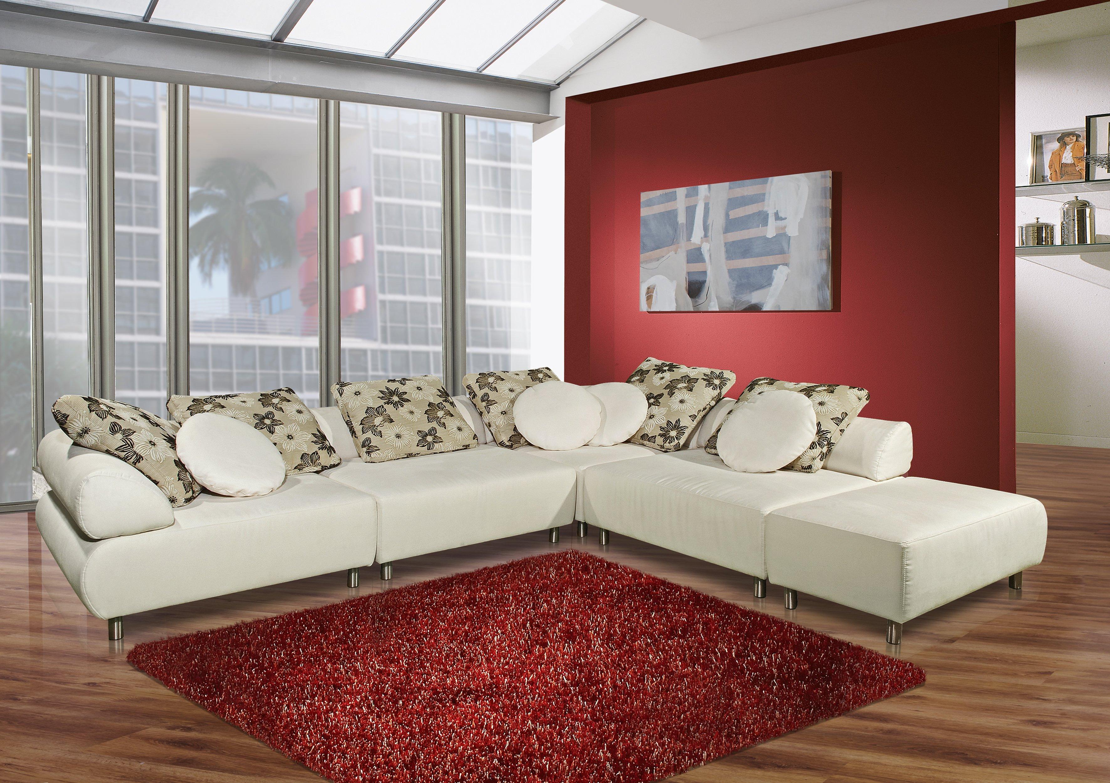 Divano bianco un concentrato di stile e raffinatezza cose di casa - Divano letto angolare rosso ...