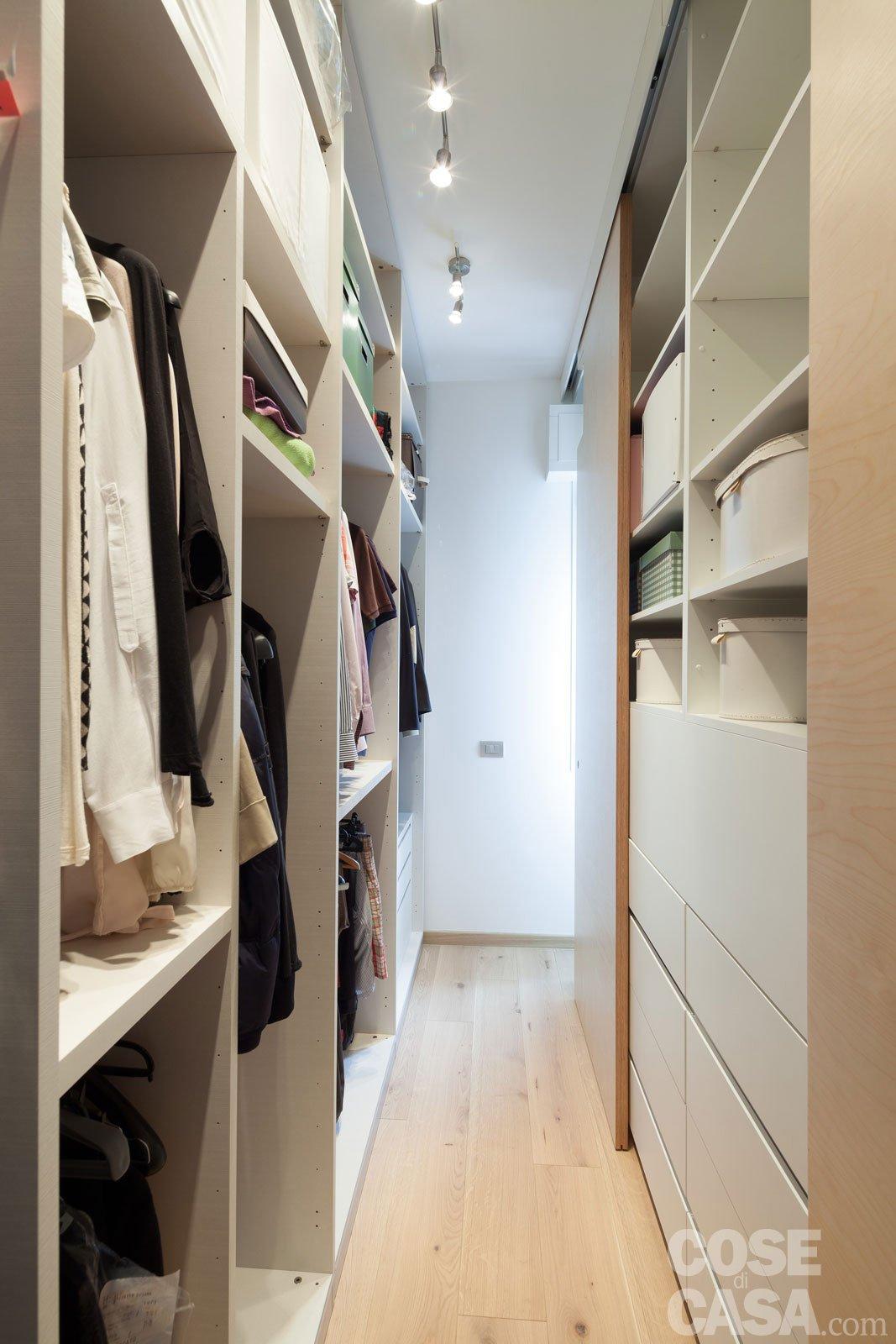 Maxi trilocale design e ispirazioni scandinave per la for Semplici piani di casa in cabina