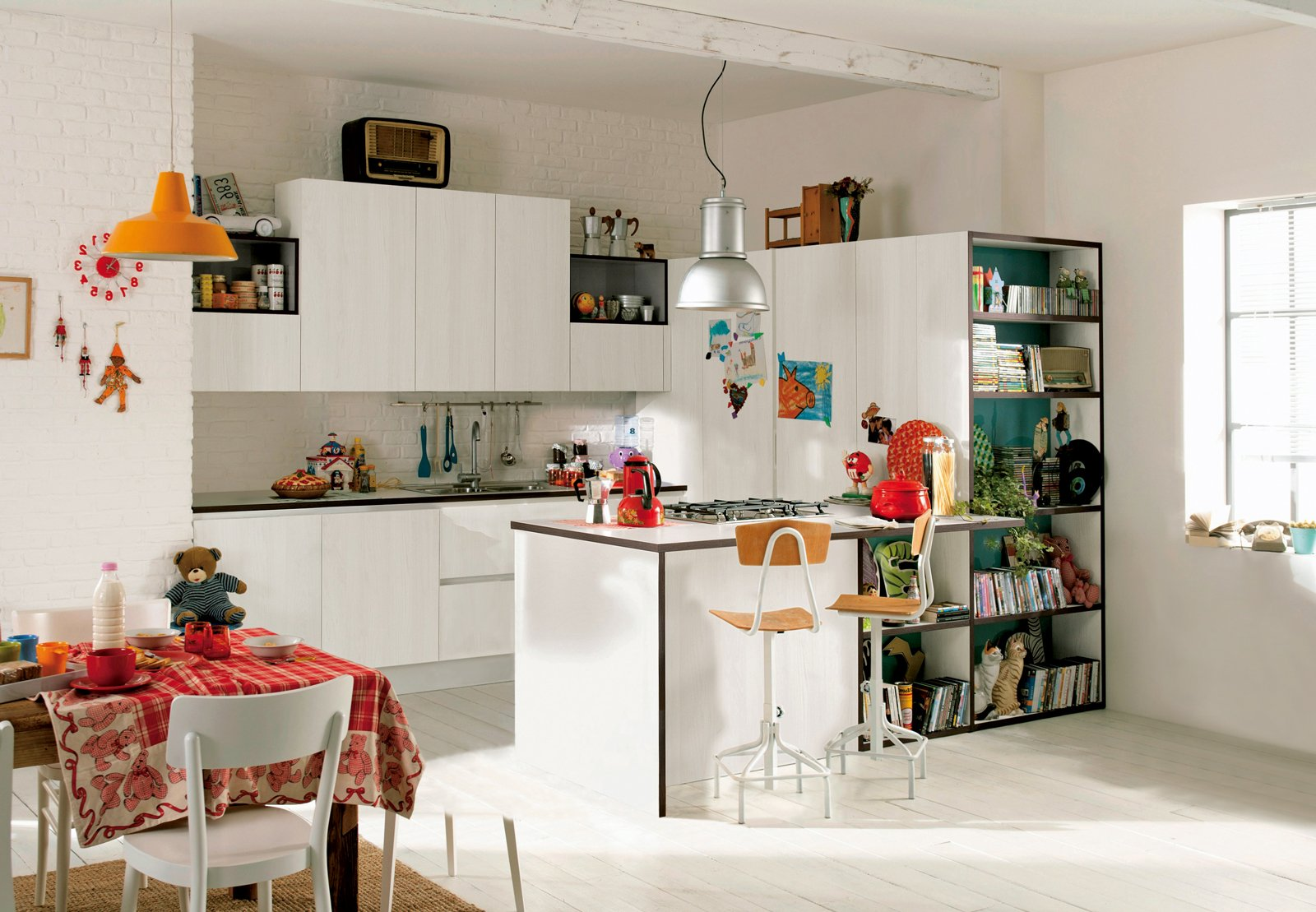 Soluzioni per cucine piccole variazioni finitura olmo ha - Cucine idee e soluzioni ...