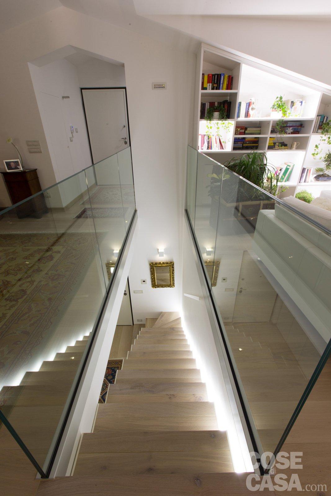 Illuminazione ingresso moderno : Più luce nell'attico con mansarda - cose di casa