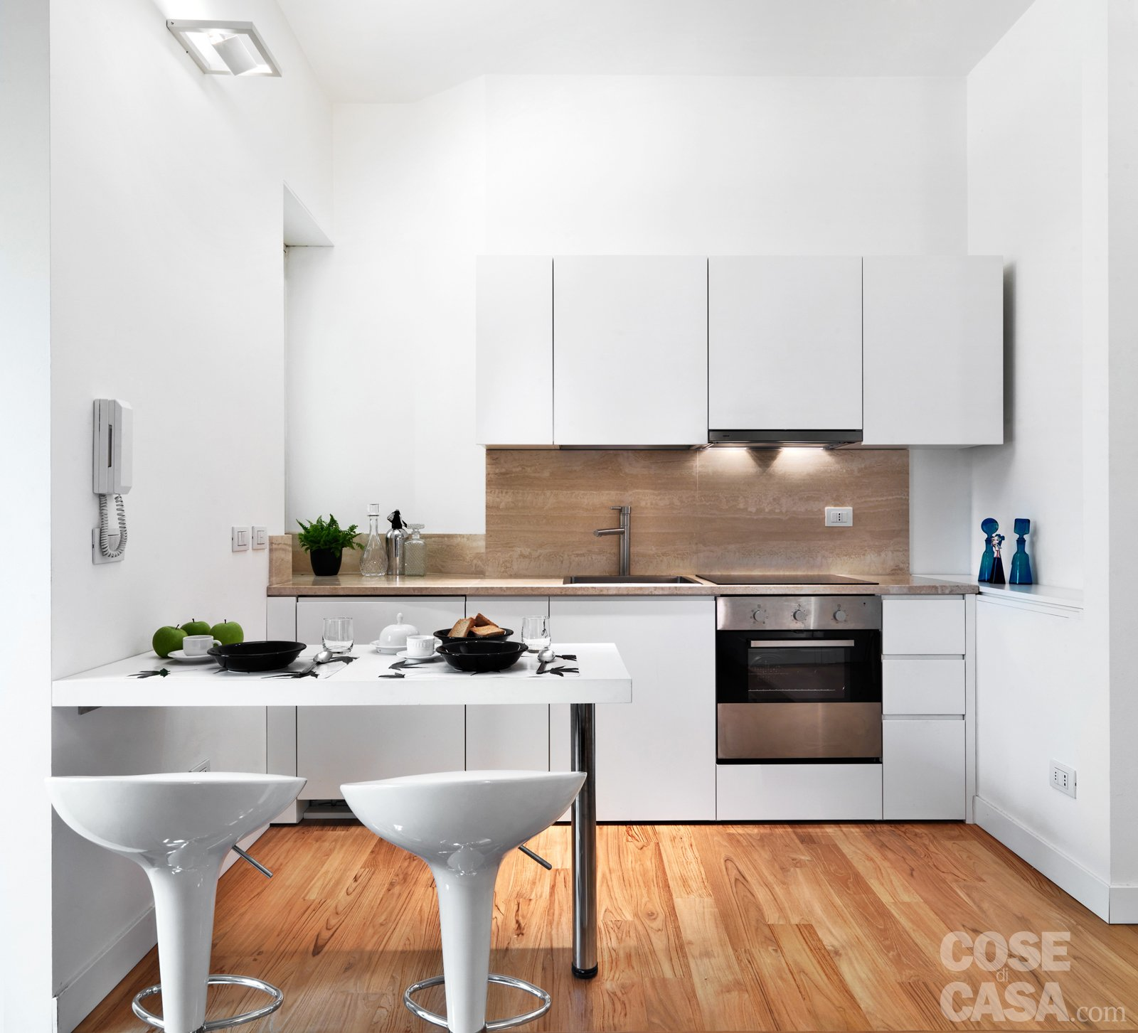 58 mq una casa sviluppata su pi livelli cose di casa for Disegni parete cucina