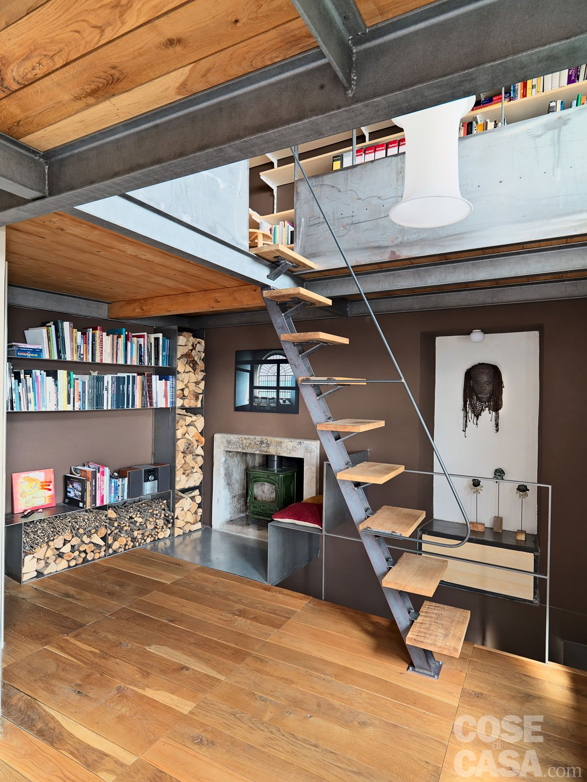 65 mq una casa che si sviluppa in verticale cose di casa. Black Bedroom Furniture Sets. Home Design Ideas