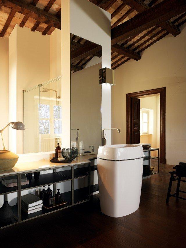 5scavolinibathrooms-one