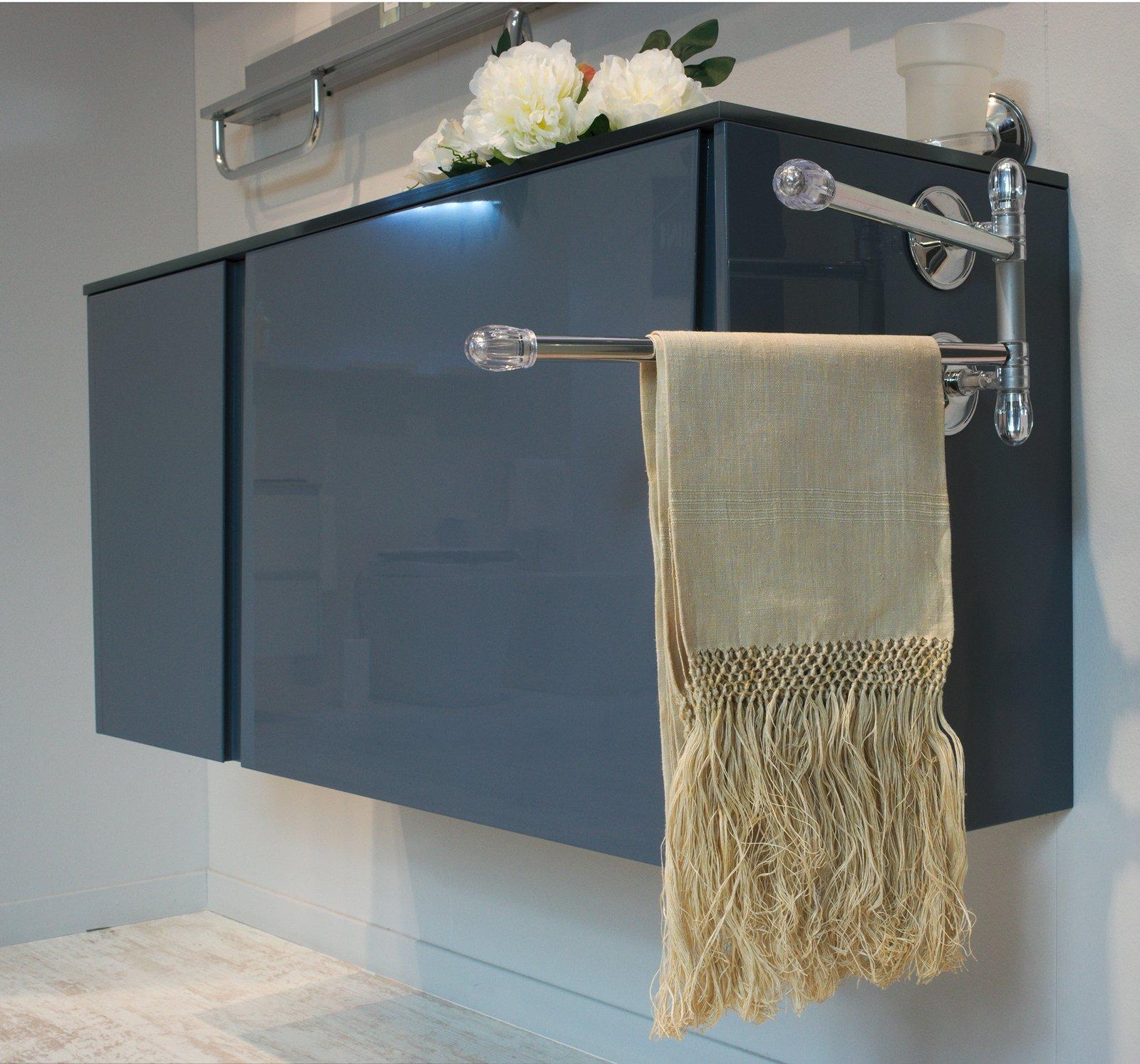 Portasciugamani per il bagno cose di casa - Mobile asciugamani bagno ...