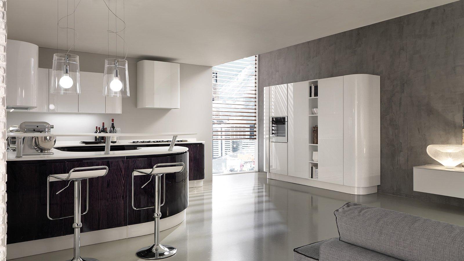 Lapade da soffitto for Piccola cucina open space soggiorno