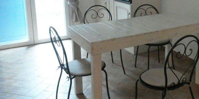Fai da te con pallet tavolo in stile country chic cose di casa - Tavolo cucina fai da te ...