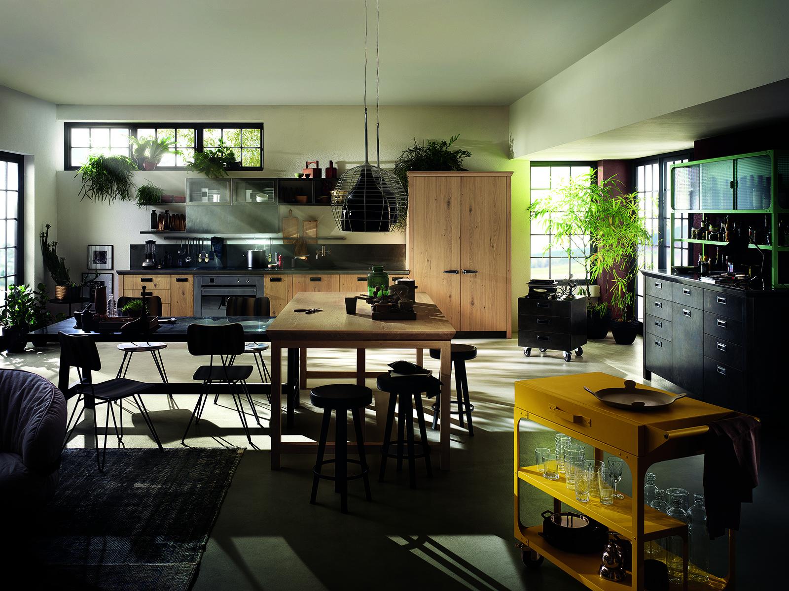 Le Protagoniste Di Diesel Social Kitchen Di Scavolini Sono Le Ante In  #9D782E 1600 1200 Foto Di Cucine Vecchie