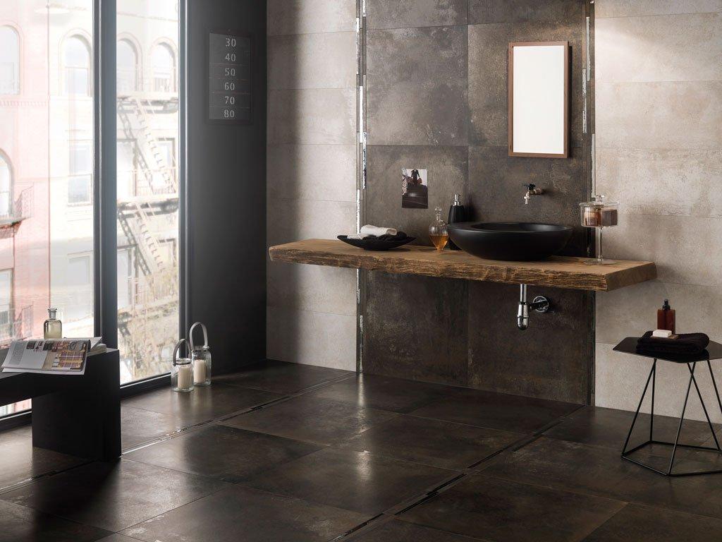 Ristrutturare il bagno dalle piastrelle allo for Piastrelle bagno pietra