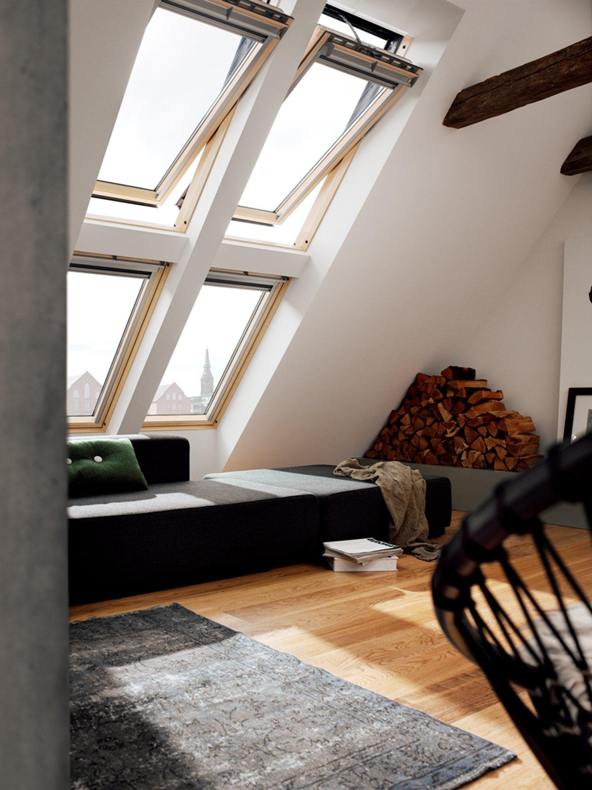Mansarda effetto legno cose di casa for Velux finestre per mansarda