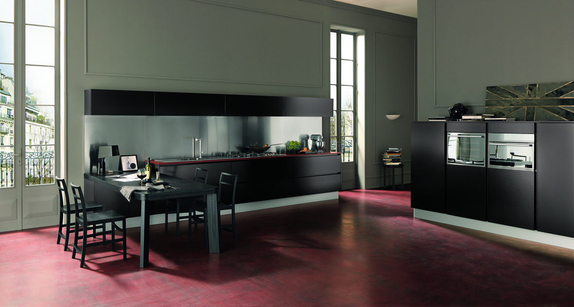 Cucine Moderne Scure.Cucine A Tinte Scure Cose Di Casa