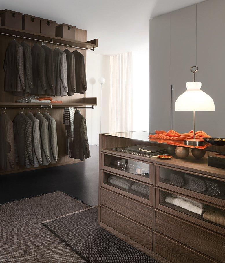 Lema cabina armadio novenove 07 cose di casa for Semplici piani di casa in cabina