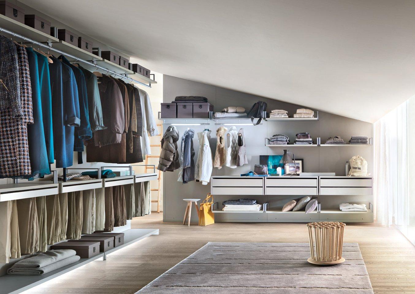Cabina Armadio Industriale : Una cabina armadio efficiente ed elegante cose di casa