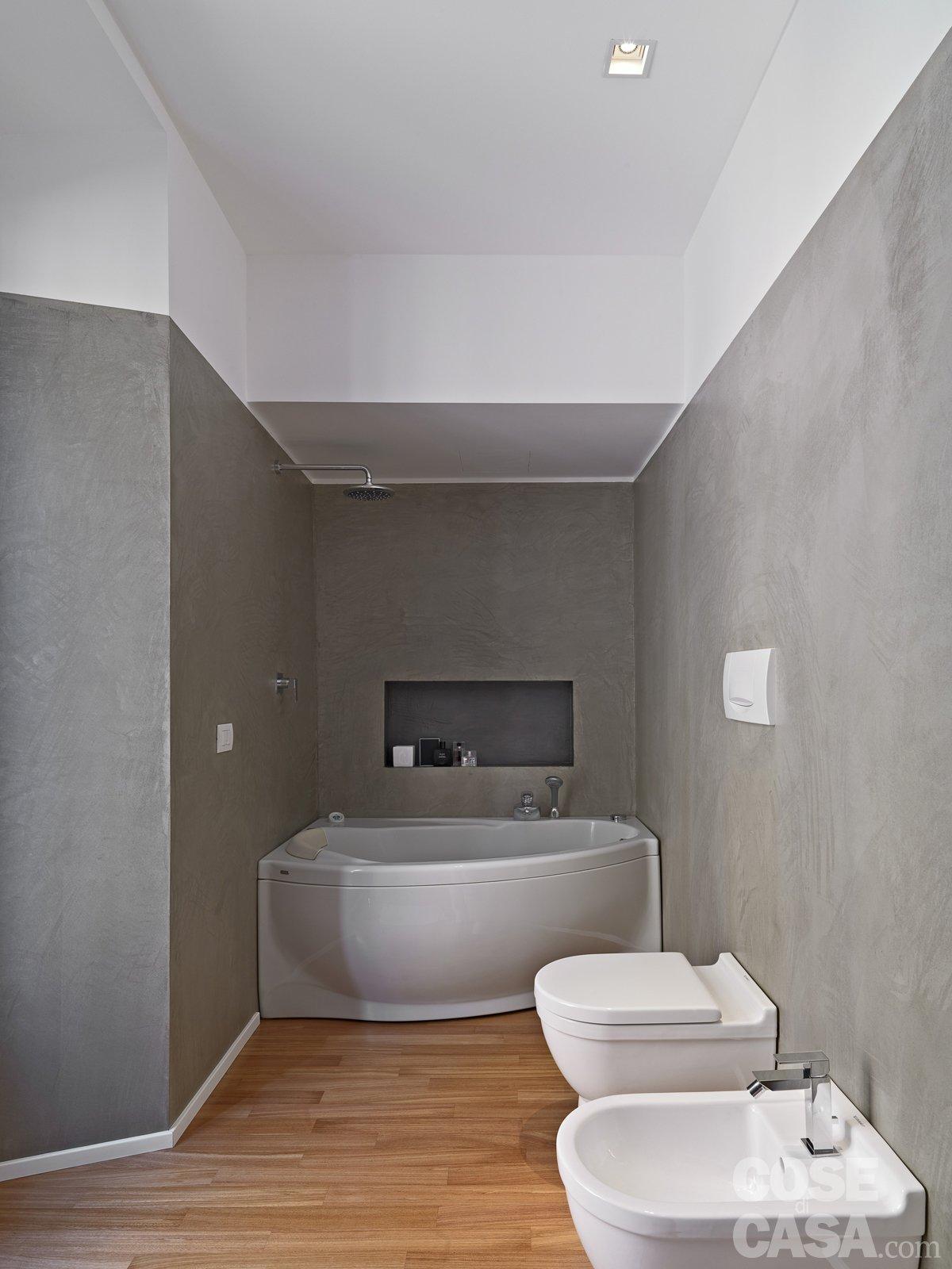 Da mono a bilocale cose di casa - Smalto per pareti bagno ...