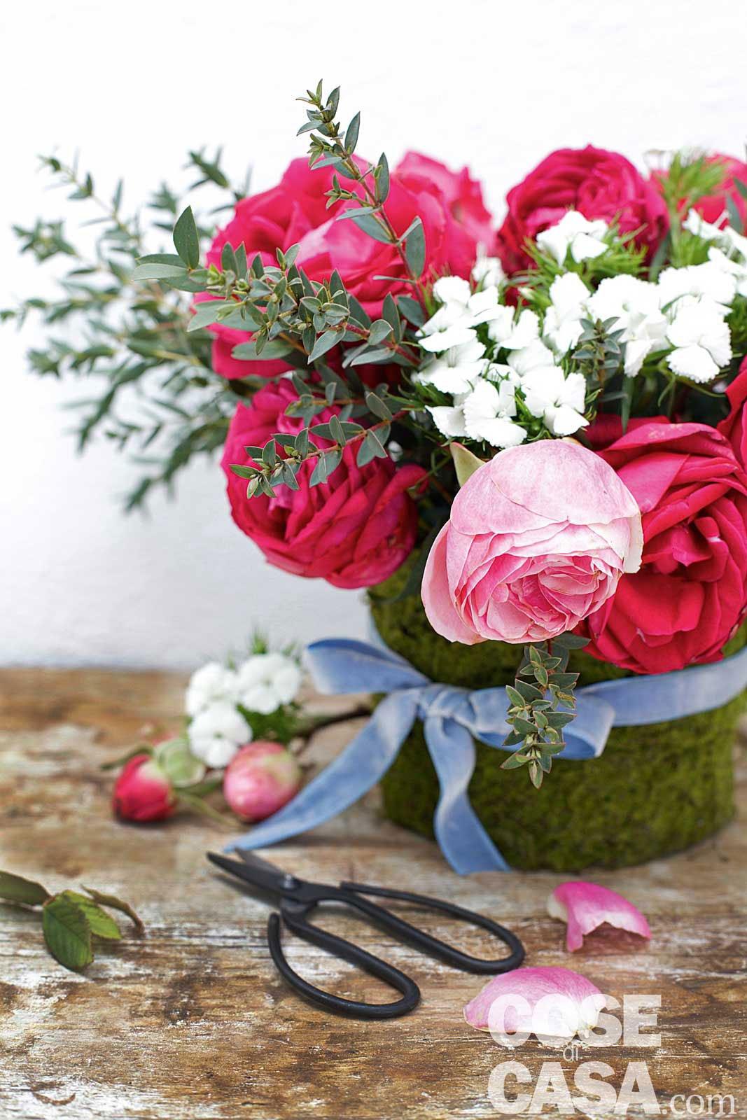 Un bouquet romantico con le rose del giardino - Cose di Casa