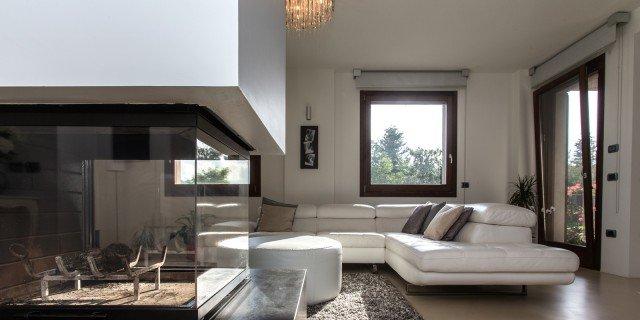Una casa con zona giorno open space