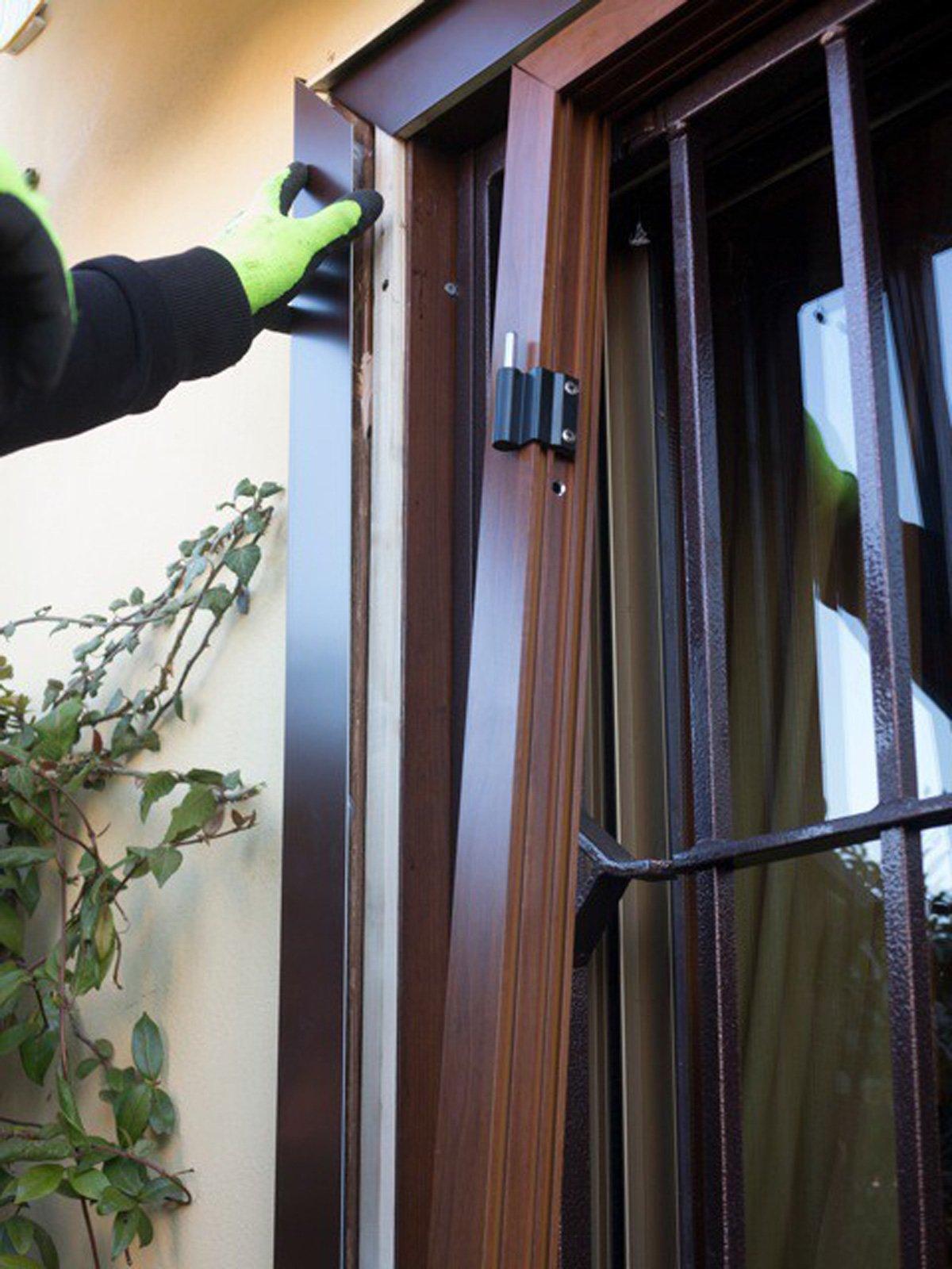 Sostituire le persiane le foto di un 39 installazione a regola d 39 arte cose di casa - Misure infissi finestre ...