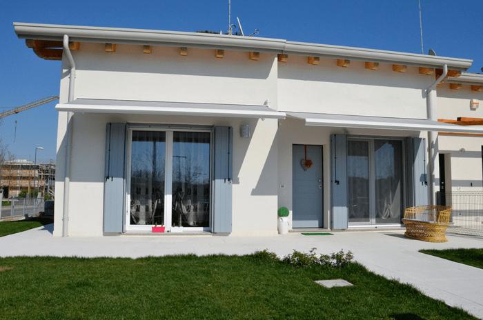 Tende da sole con l ecobonus al 65 cose di casa - Tende per finestre con cassonetto ...