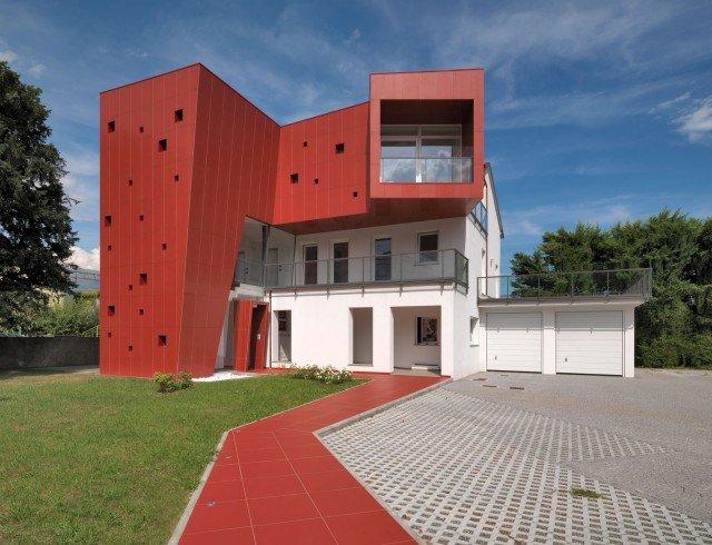 Sistema di pareti-ventilate-in-gres-cristallizzato-rosso-SistemA-di-Marazzi-Tecnica