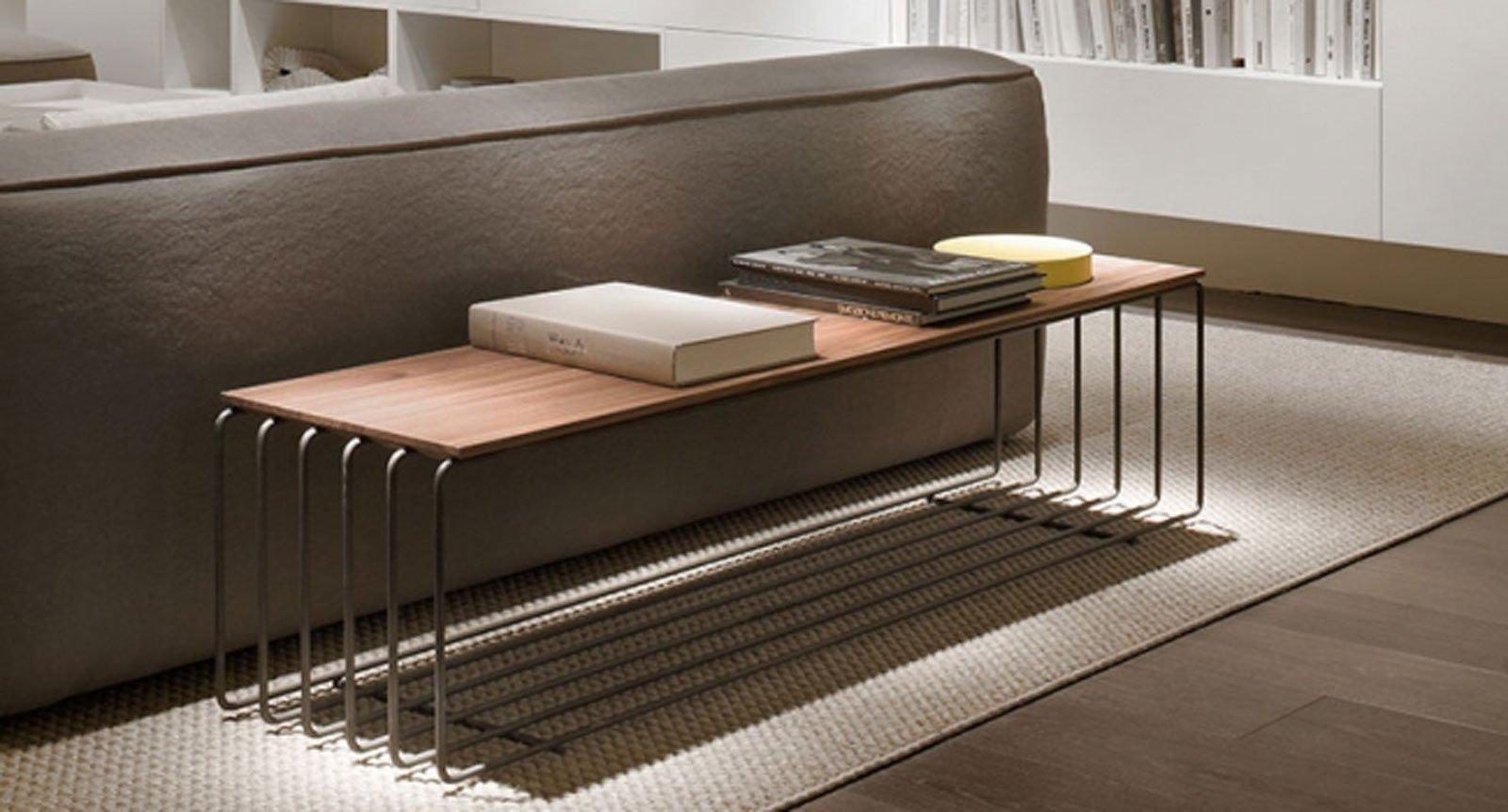 Arredare il soggiorno accanto al divano tavolini ma non - Tavolini per camera da letto ...