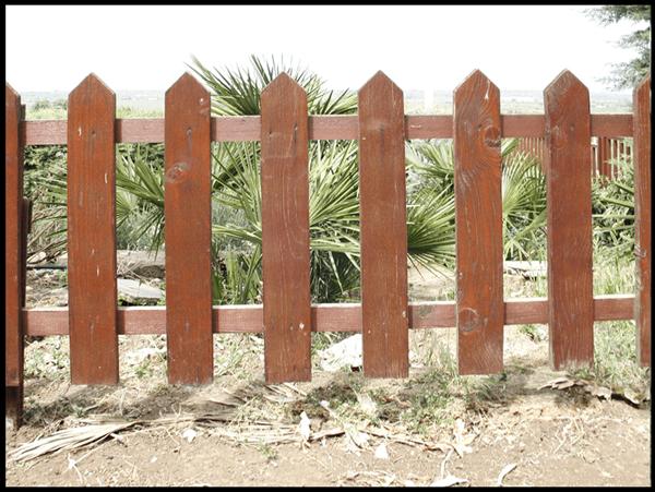Steccato Estensibile Giardino : Steccato giardino legno design casa creativa e mobili ispiratori
