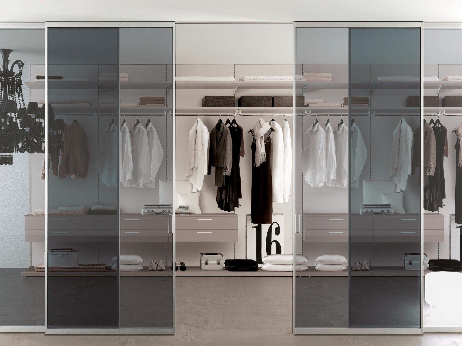 Porte per la cabina armadio grandi e piccole cose di casa for Piccole case e cabine