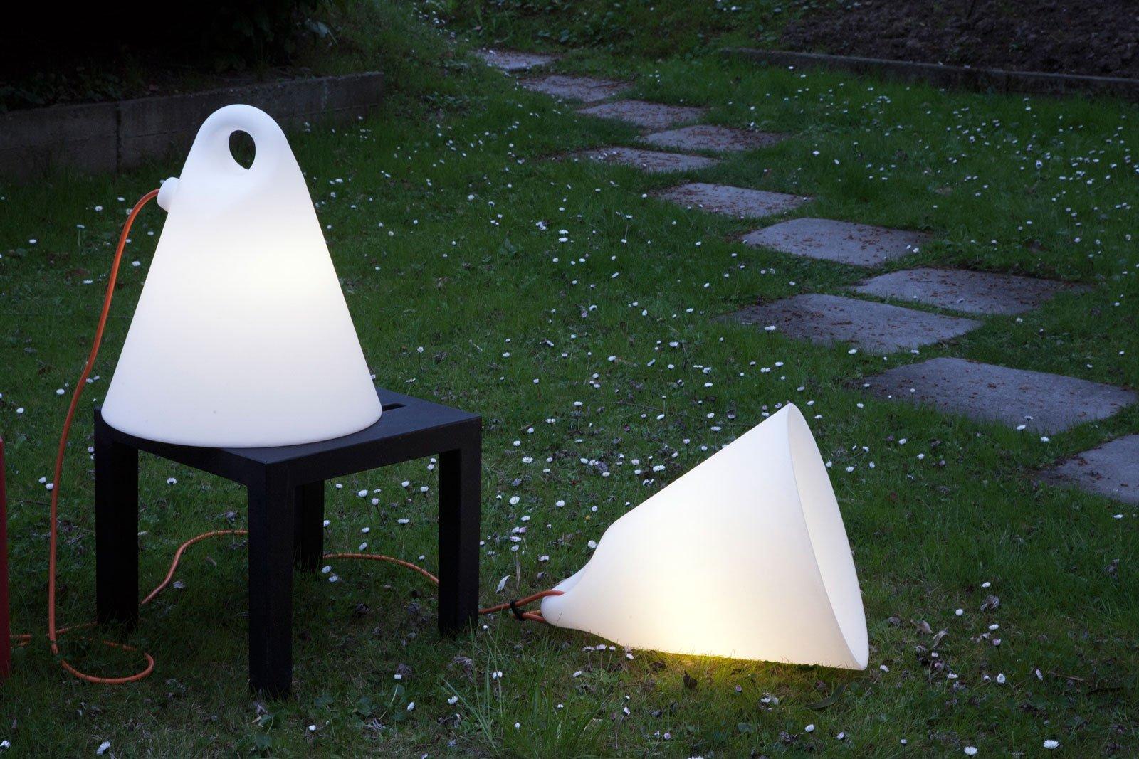 Lampade e luci per esterni cose di casa - Luci per giardino ...