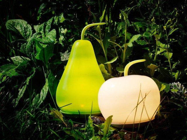 Lampade e luci per esterni cose di casa - Lampada energia solare ikea ...