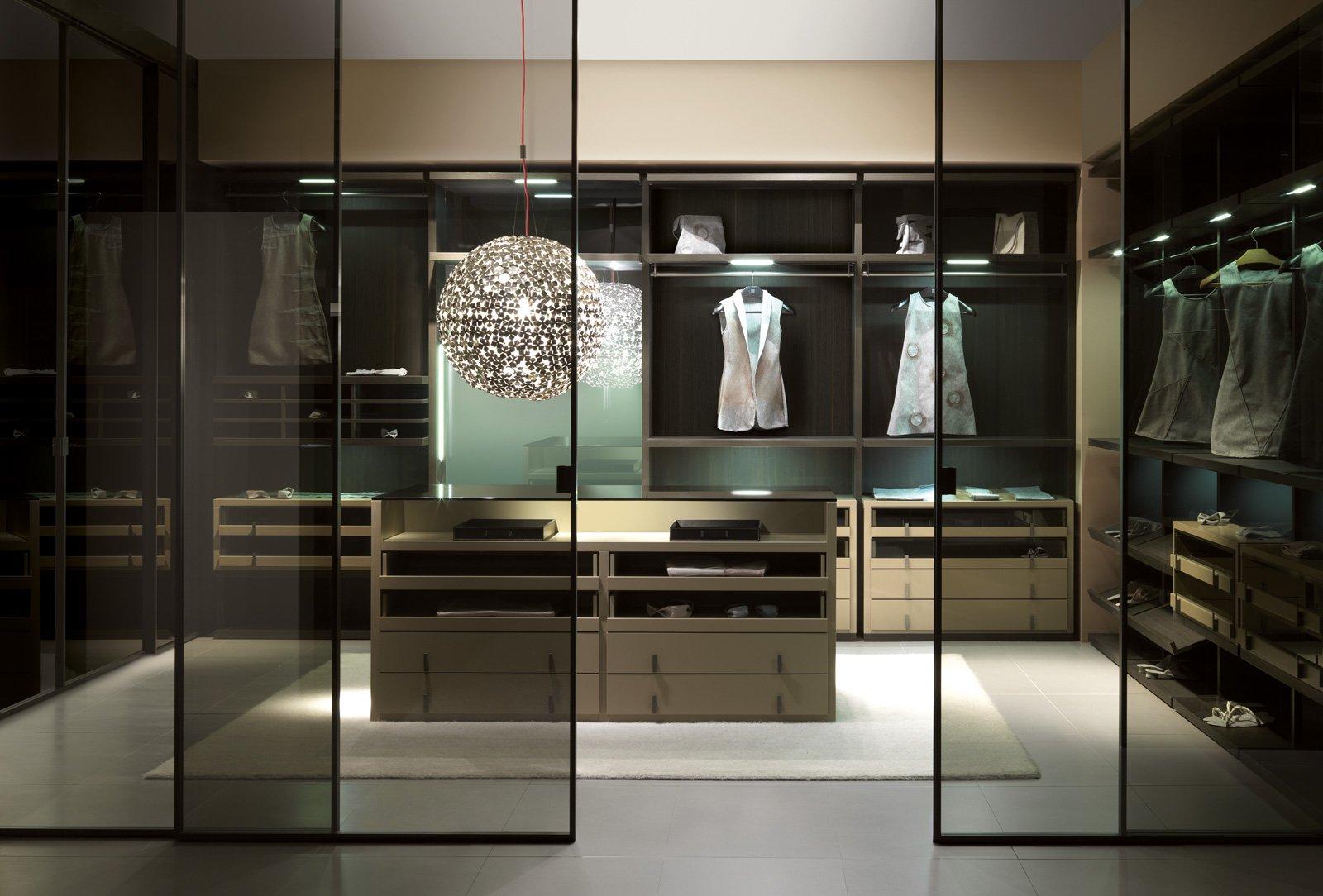 Porte per la cabina armadio grandi e piccole cose di casa - Begehbarer kleiderschrank design ...