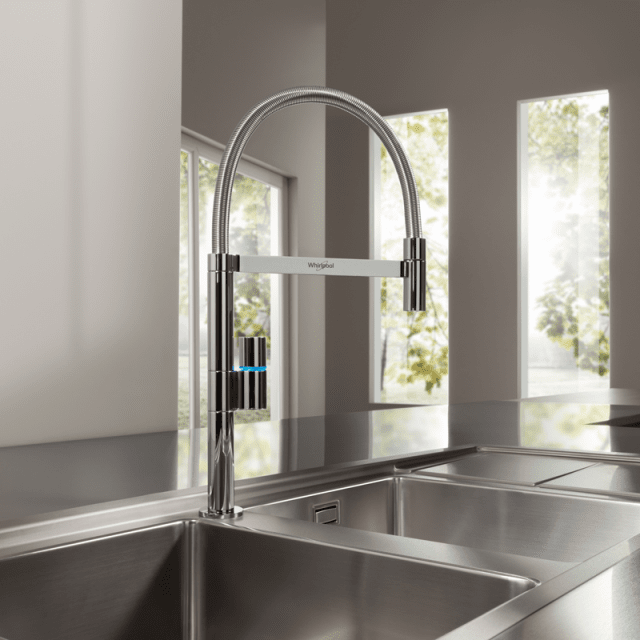 8whirlpool-fusion-rubinetto-cucina
