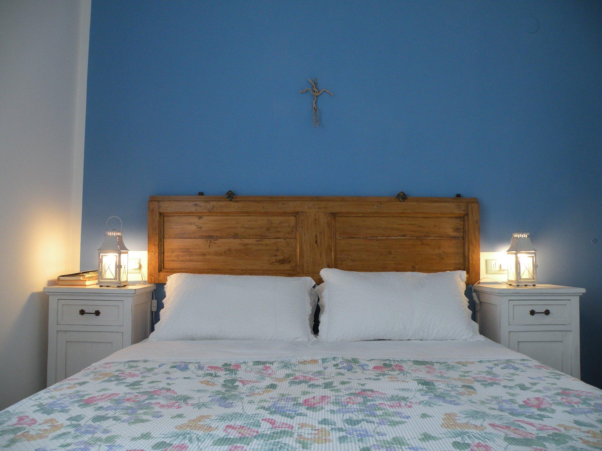 Comodini e testiera di recupero cose di casa - Testiere letto moderne ...