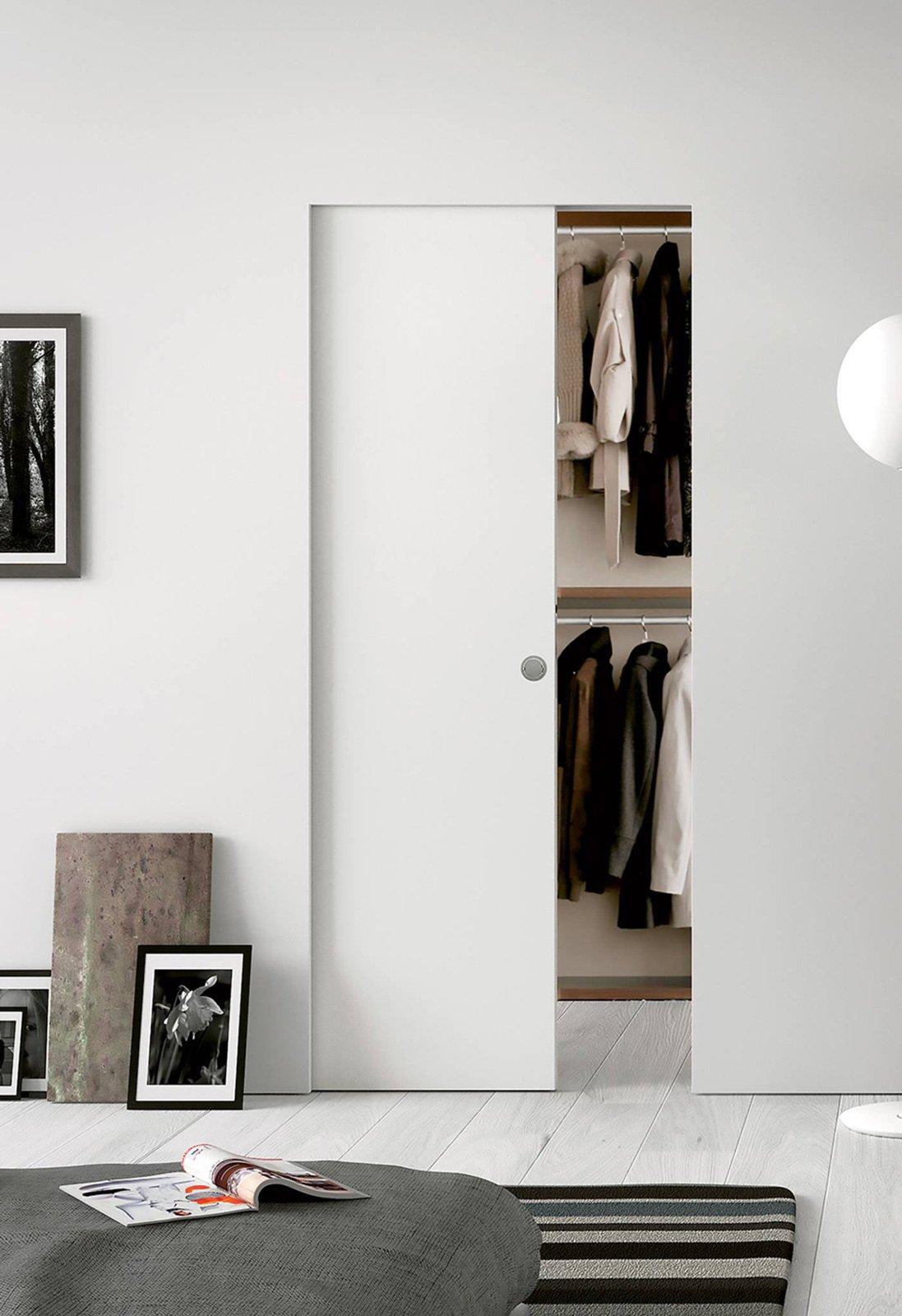 Porte per la cabina armadio grandi e piccole cose di casa - Appendiabiti per cabina armadio ...