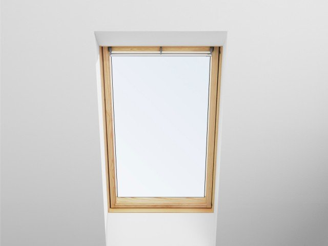 Casa pi sicura se il tetto anche garantito cose di casa for Tenda per velux ggl