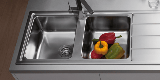 Lavelli da cucina in materiali diversi