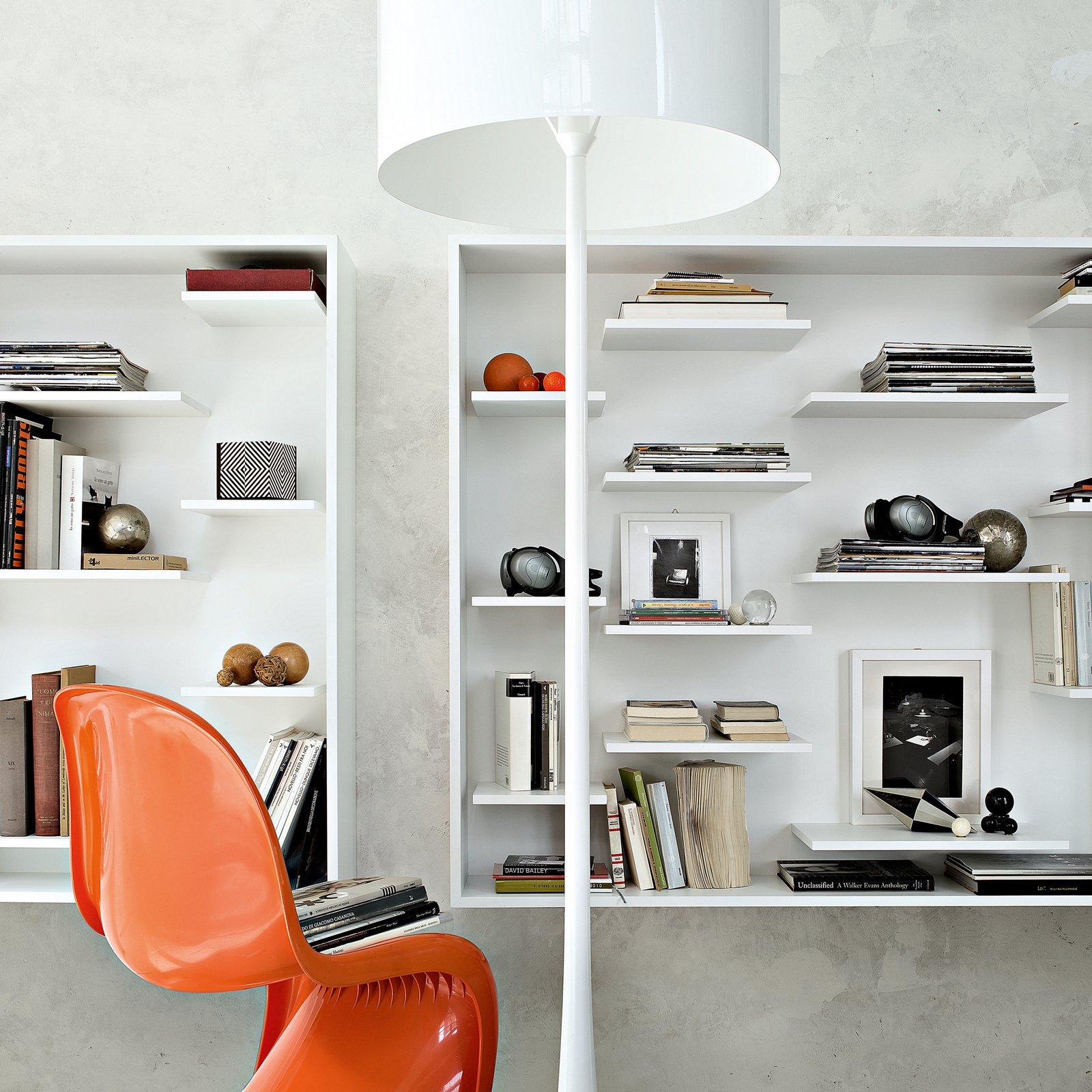 Librerie piccole cos ogni spazio pu essere sfruttato al for Librerie modulari economiche