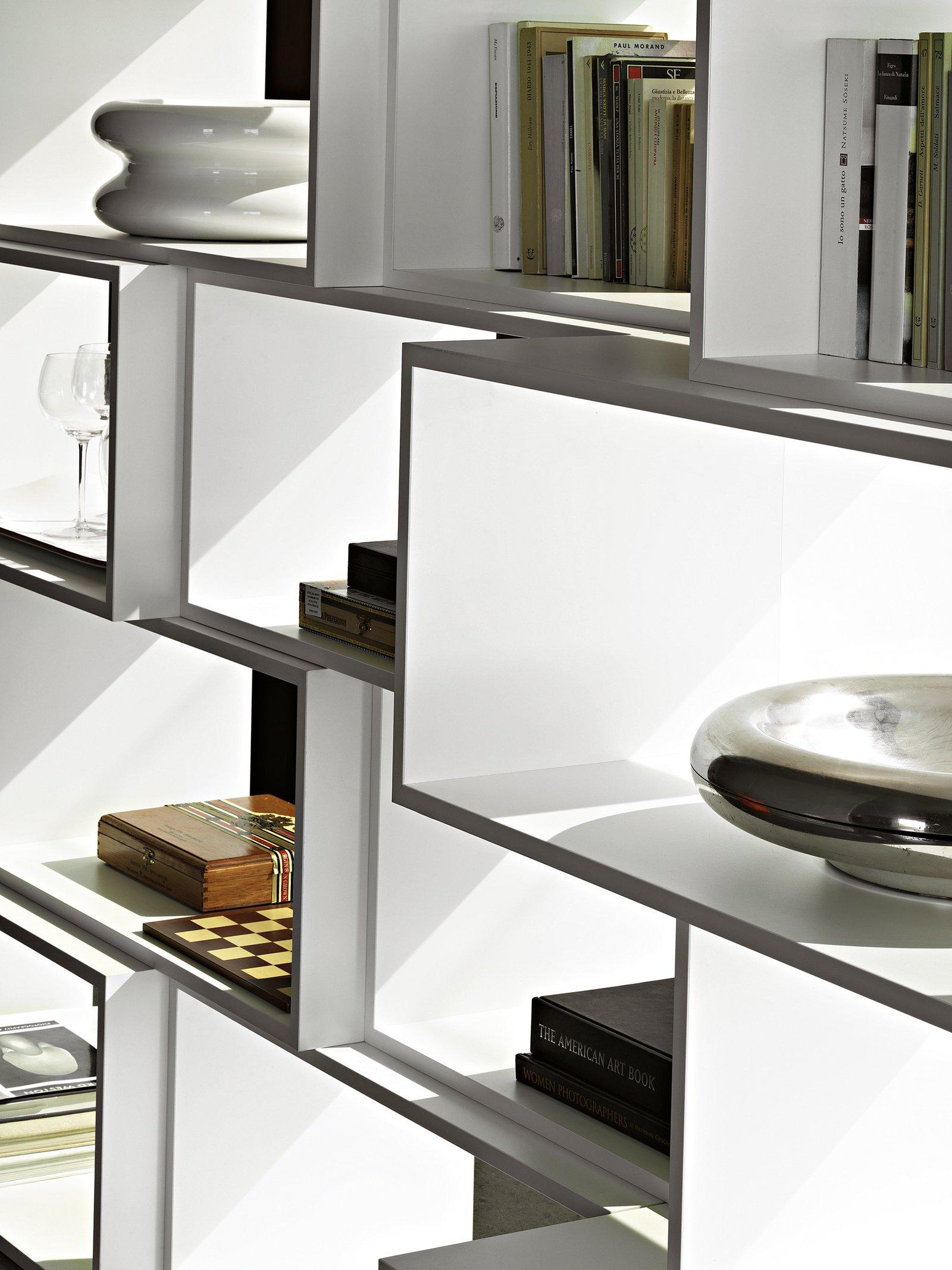 Librerie piccole cos ogni spazio pu essere sfruttato al for Piccole planimetrie a concetto aperto