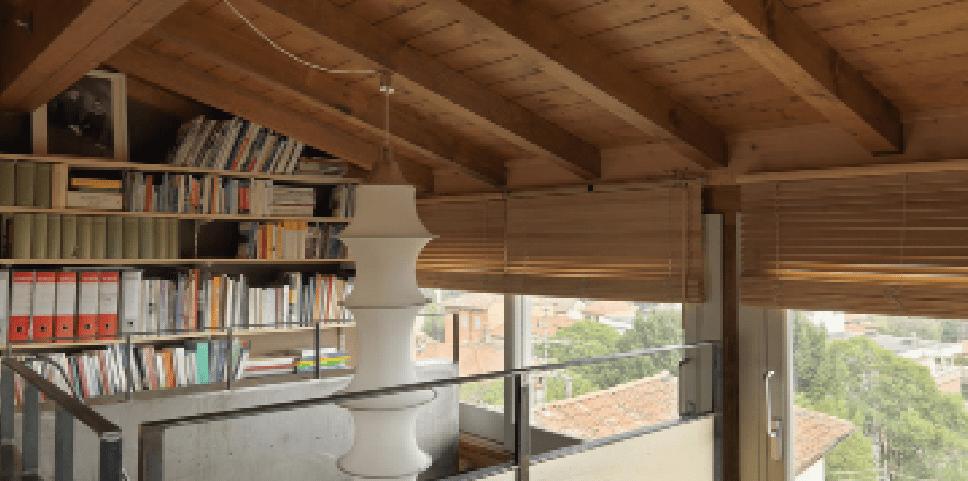 65 mq una casa che si sviluppa in verticale cose di casa for Piccoli piani di casa con un sacco di finestre