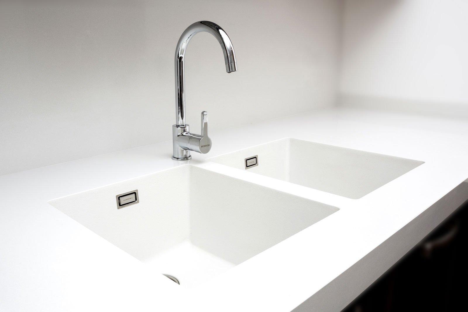 Il lavello integrato nel top c 39 ma quasi non si vede cose di casa - Lavello cucina resina ...