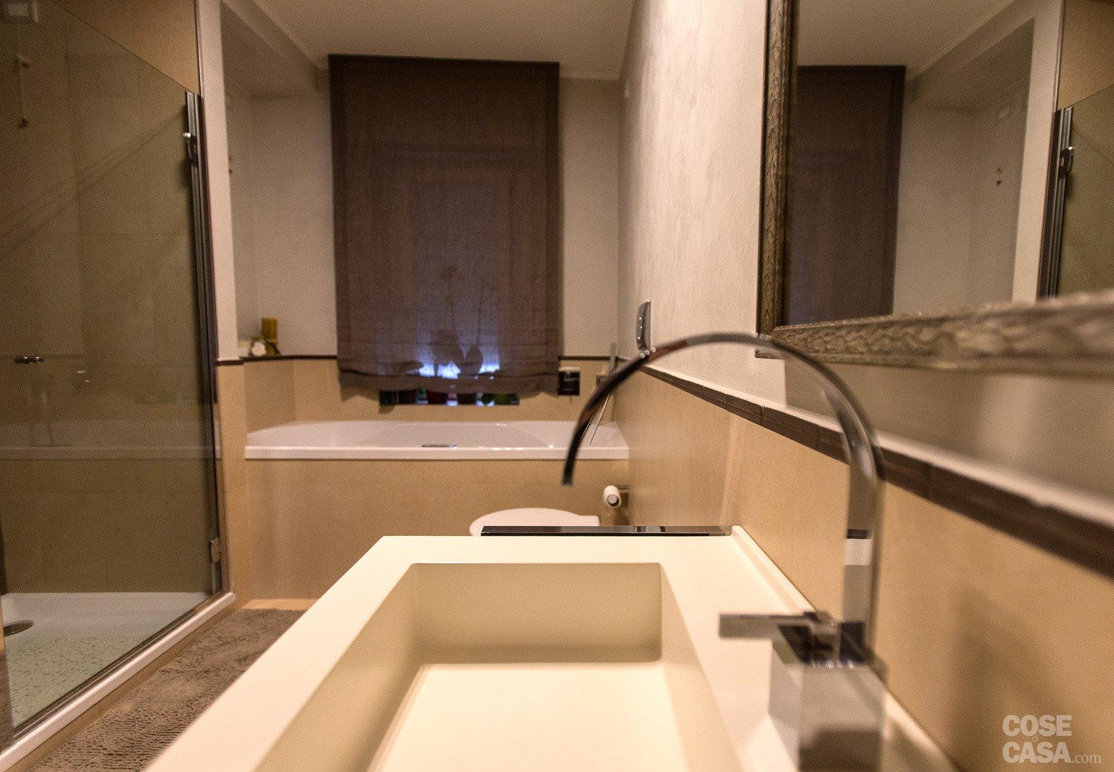 110 mq una casa con pareti d 39 effetto cose di casa for Planimetrie del bagno