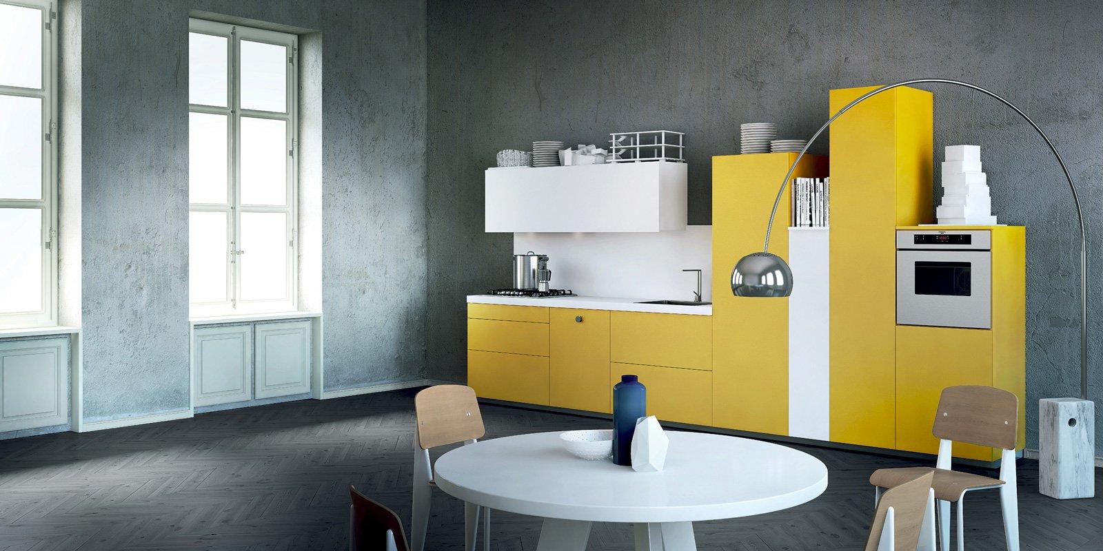 Cucine bicolore l 39 alternanza cromatica fa tendenza cose - Cucine moderne gialle ...