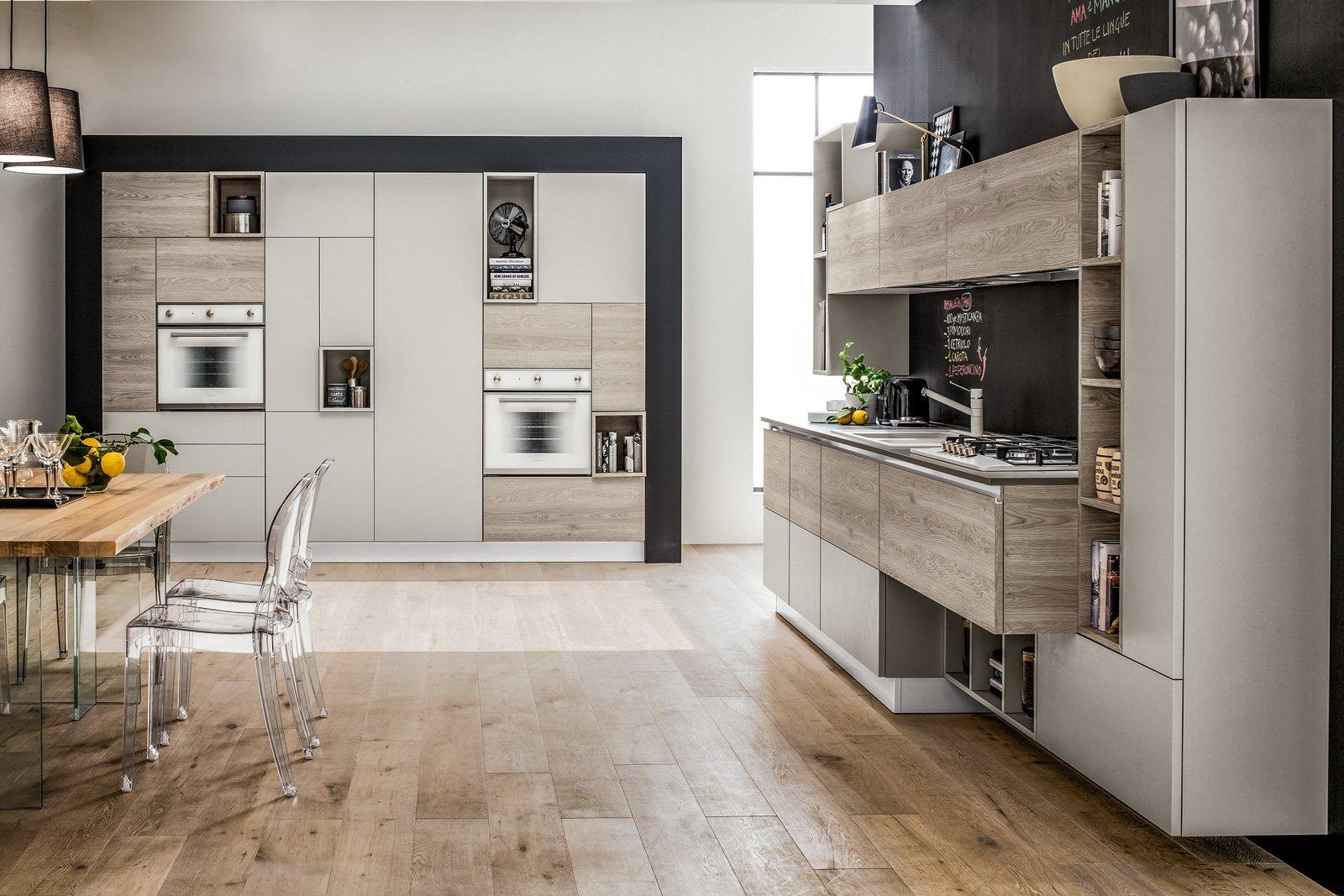 Arredamento cucine piccole cose di casa for Piani di casa con a piedi in dispensa