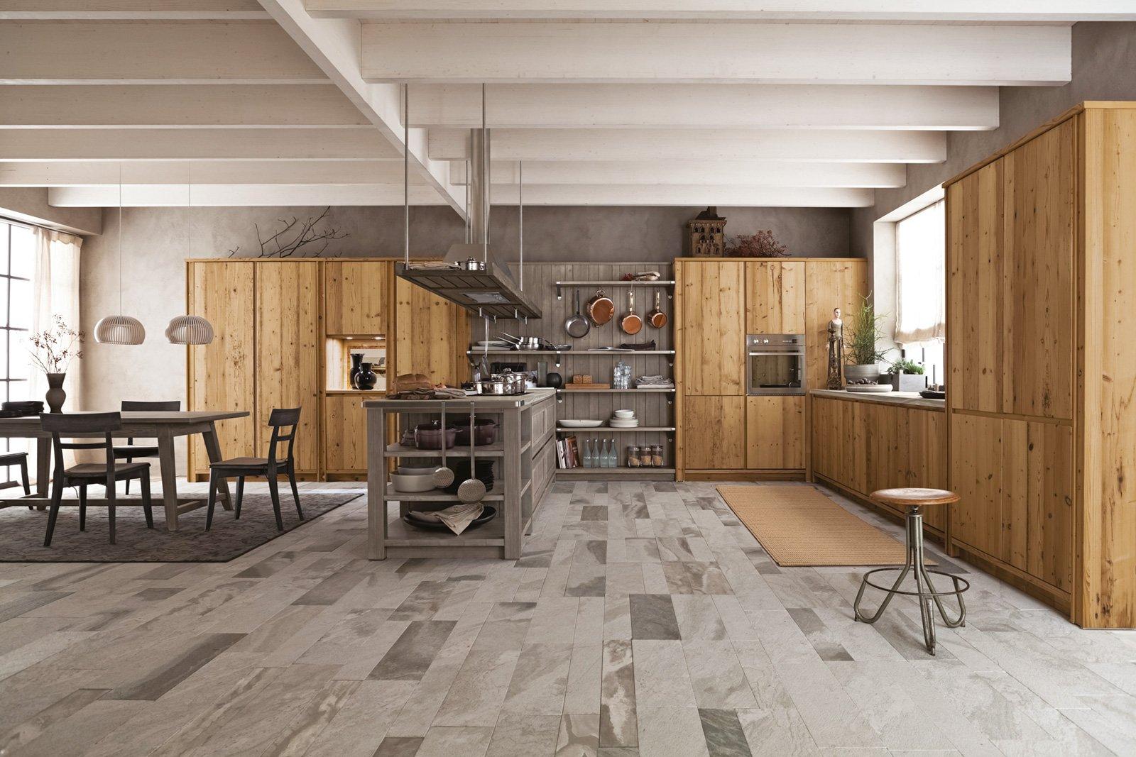 Cucine a vista per il loft nel soggiorno open space for Arredamento rustico moderno