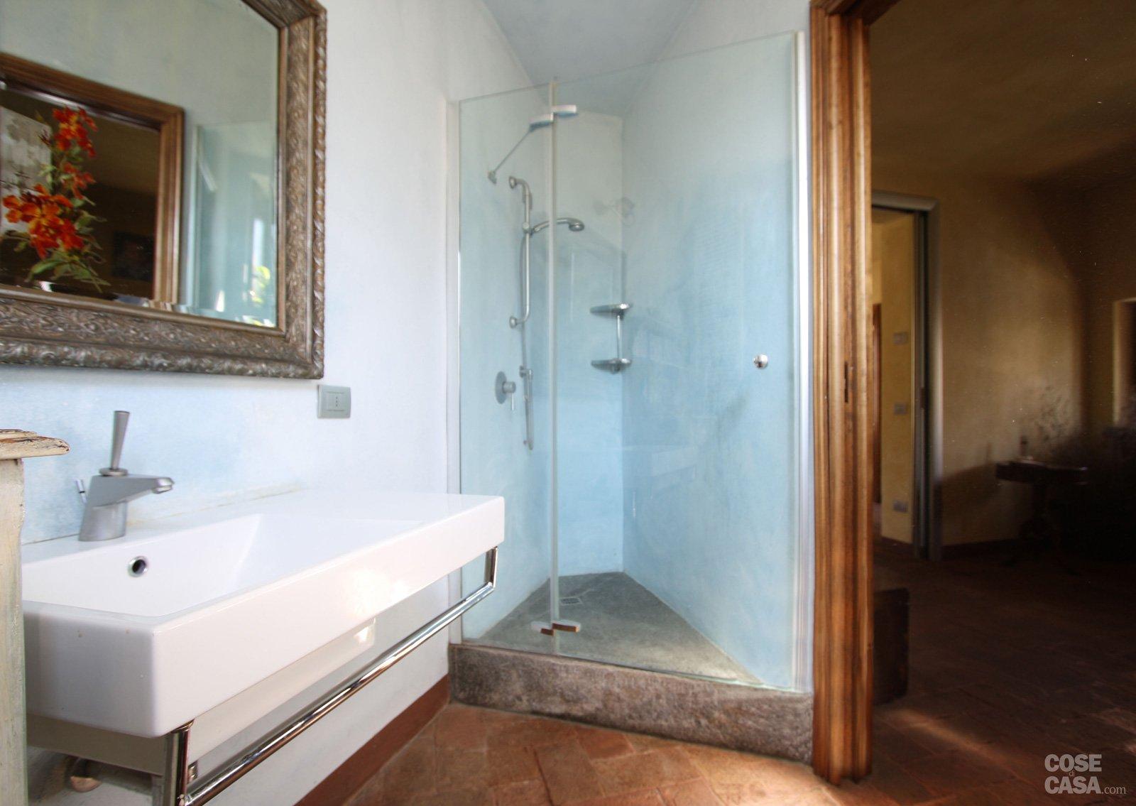 L 39 ex mulino diventa casa cose di casa - Box doccia vetrocemento ...
