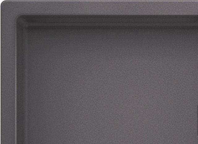 PRODOTTI COMPOSITI:Molto utilizzati per i lavelli sono anche i materiali tecnici a base di minerali e resine; le diverse aziende propongono formulazioni brevettate identificate da nomi commerciali diversi, ma con caratteristiche simili tra loro. Molti i vantaggi: versatilità nei colori e nelle texture; facilità di lavorazione (con possibilità di realizzare il lavello in forme e misure differenti) e riparazione del materiale; resistenza agli urti, proprietà antibatteriche e antimacchia.