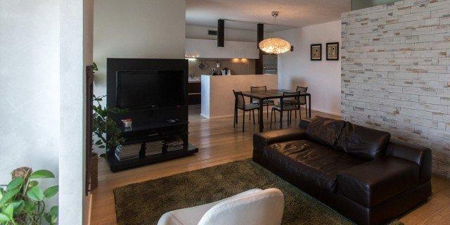 110 mq una casa con pareti d 39 effetto cose di casa for Primopiano arredamento