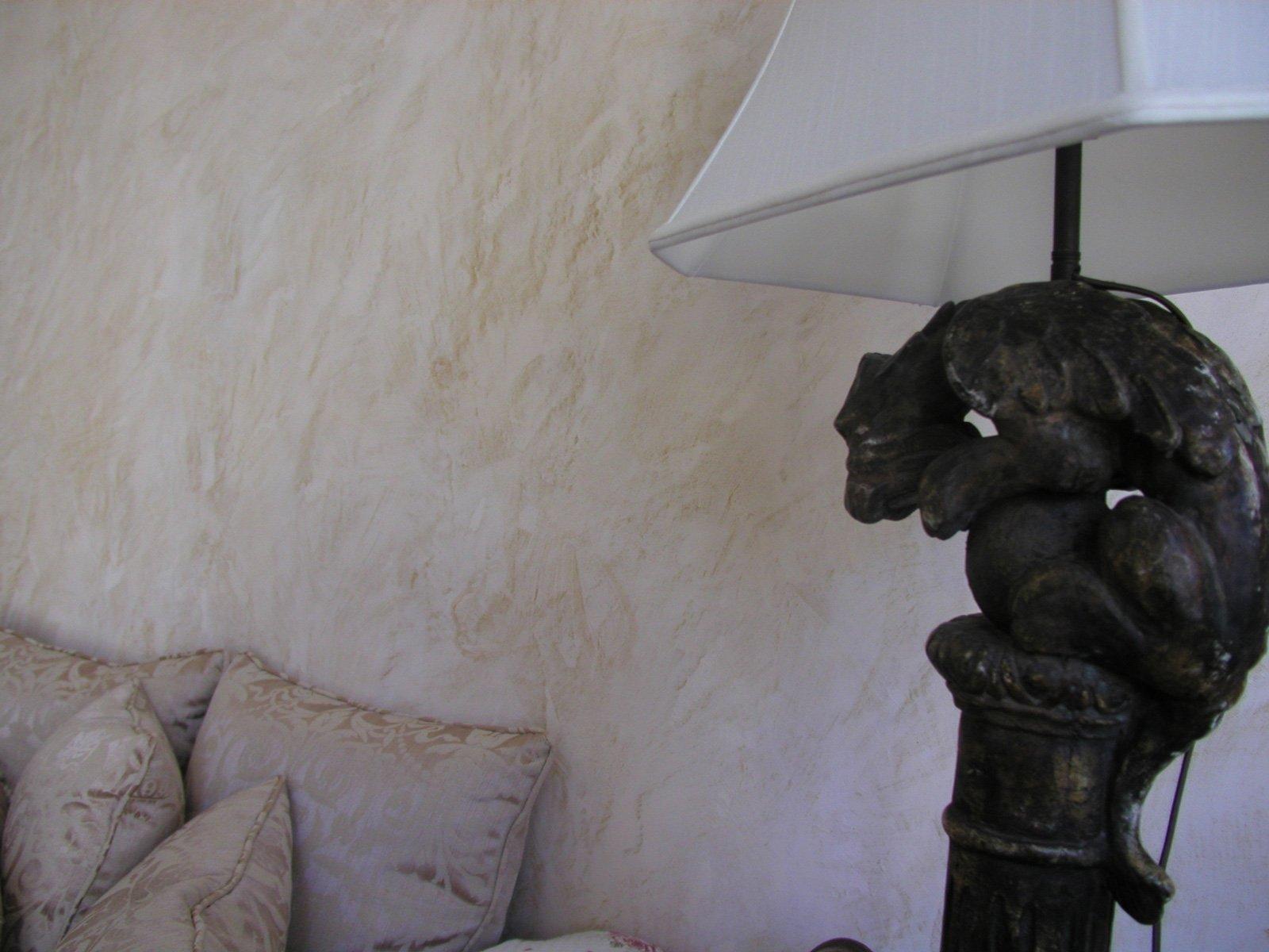 Letto camera ispirazioni uomo da for Cose per decorare la camera