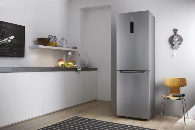 1indesit--K3G4291-frigorifero