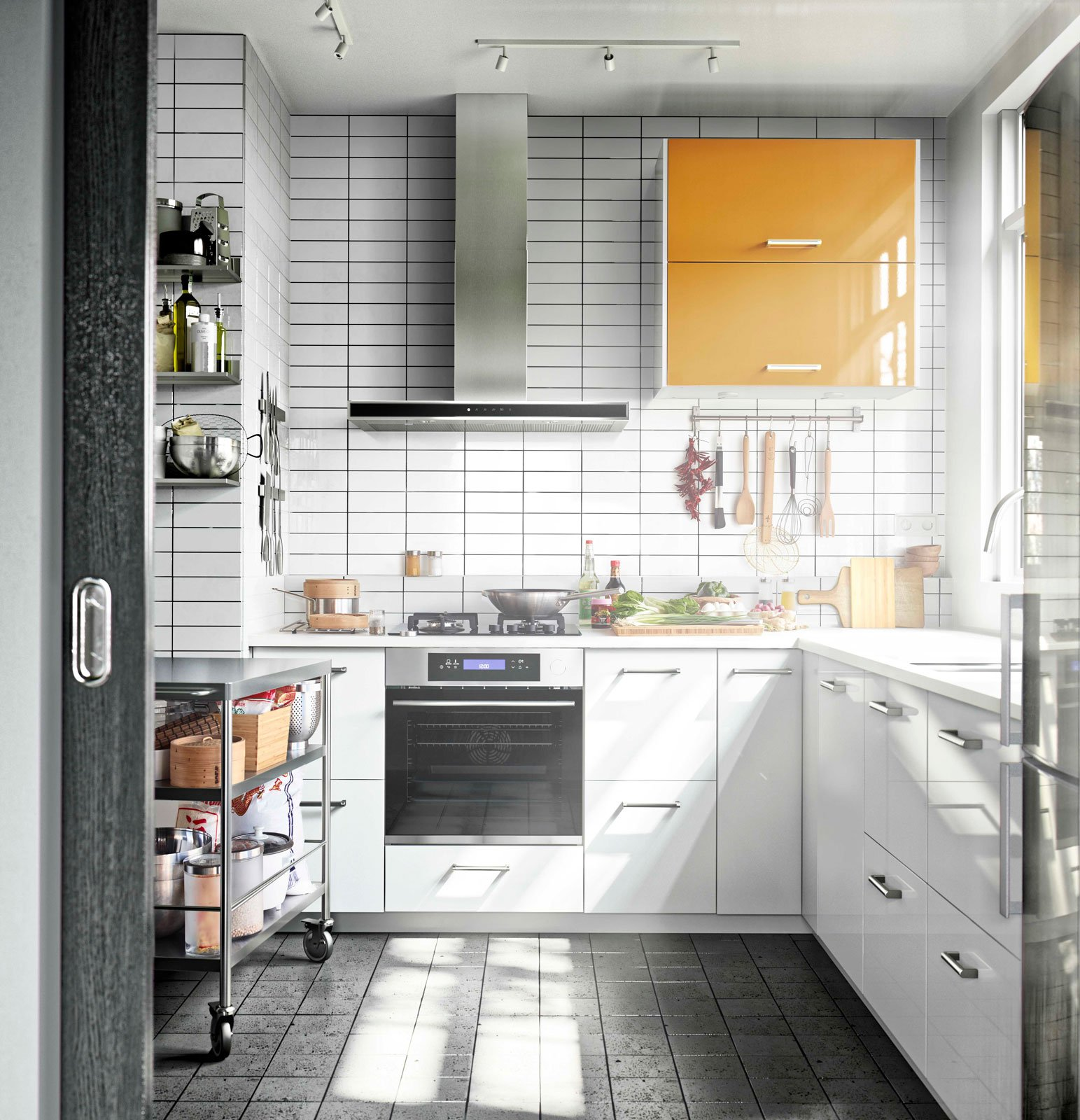 In cucina scelgo laminato o laccato cose di casa - Cucine in acciaio ikea ...